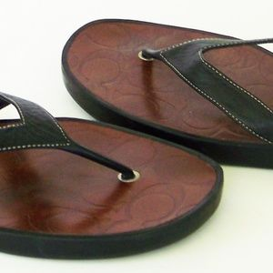 COACH leather LISA thong SIGNATURE Sandals size 9